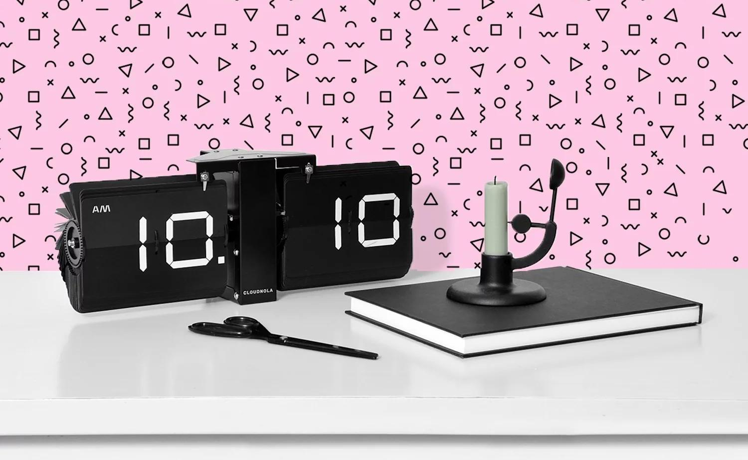 Cloudnola Flipping Out Flip Clock Collection mechanically rotates with the time