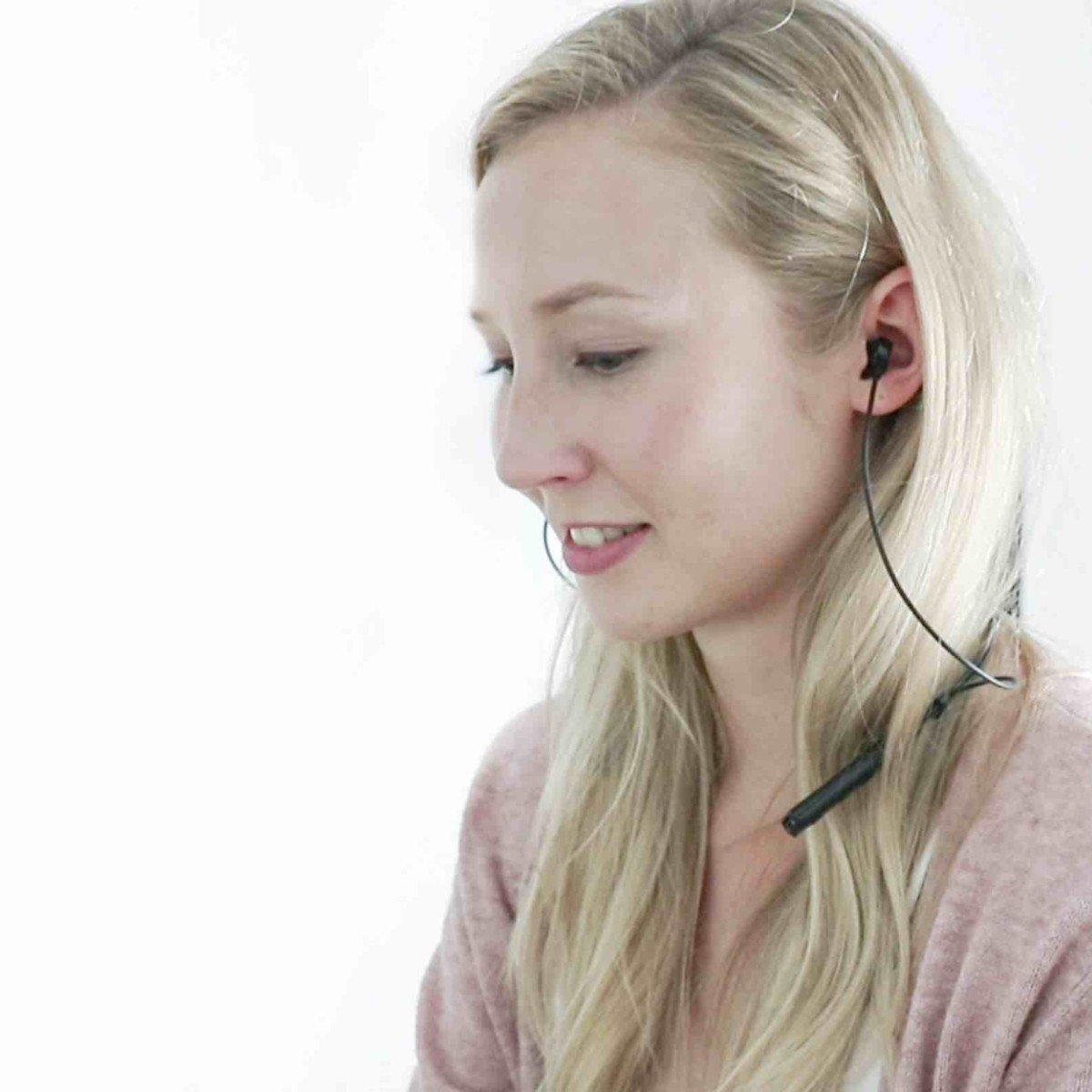HumanCharger Bluetooth 5 Light Stimulation Device offers powerful audio