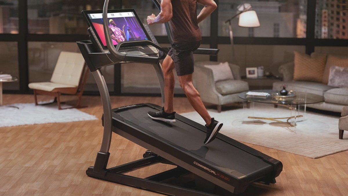 NordicTrack X32i Smart HD Touchscreen Treadmill provides an at-home interactive trainer