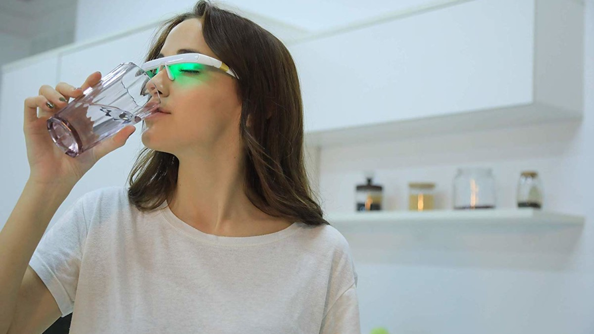 PEGASI 2 Smart Light Therapy Glasses help regulate your circadian rhythm for better sleep