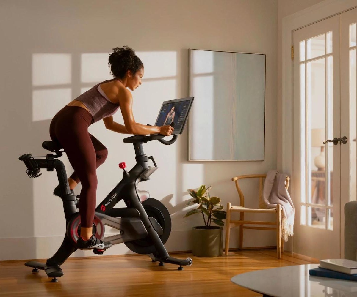 Peloton Indoor Exercise Bike gives you an intense home cardio workout