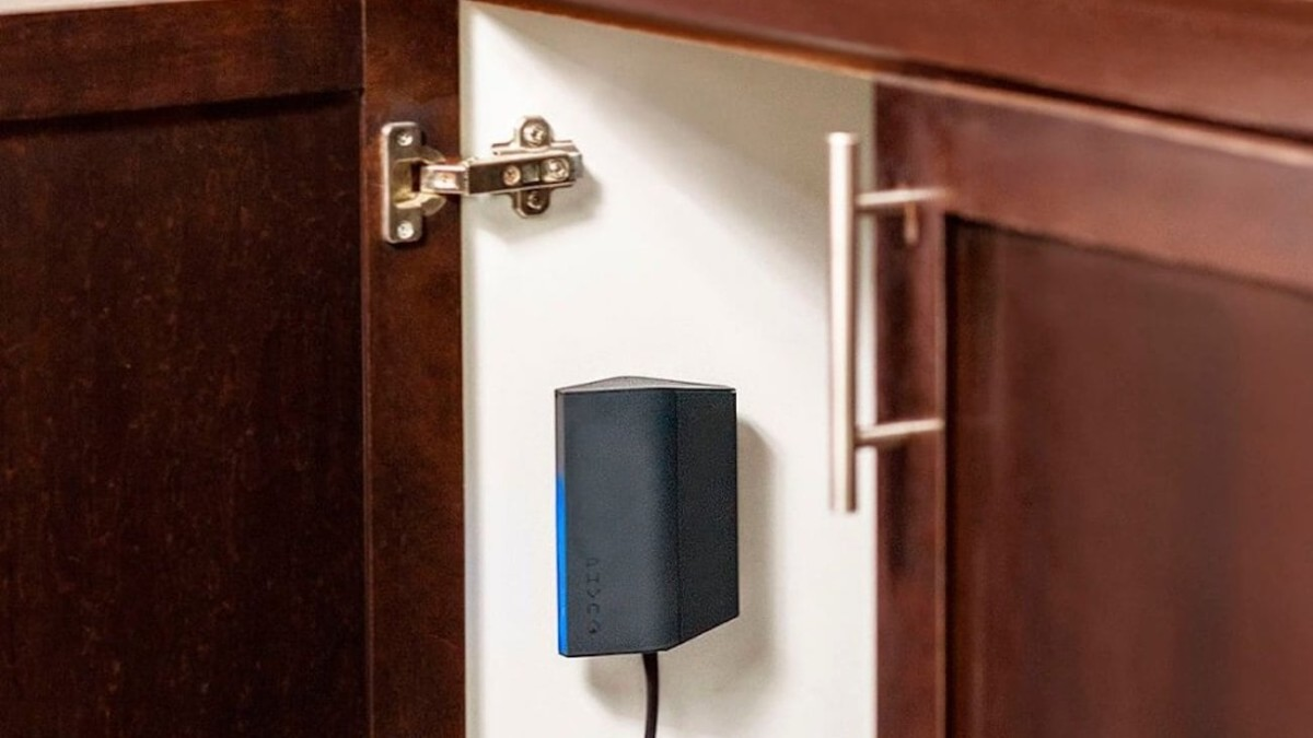 Phyn Smart Water Assistant immediately detects leaks anywhere in your home