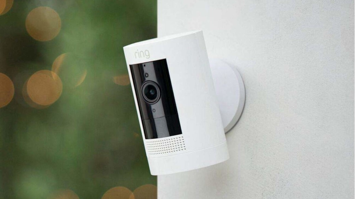 Ring Stick Up Cam Battery HD Security Camera gives lets you see what's happening in real time