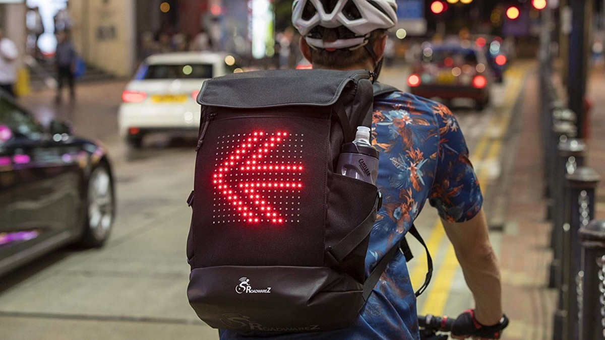 Roadwarez Road Tracker Bluetooth-Enabled Cycling Backpack has automatic light-up arrow signals