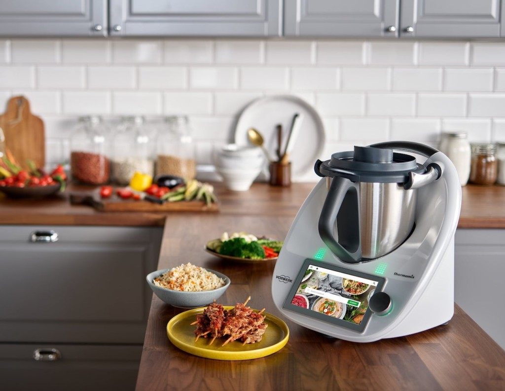 11 Smart kitchen gadgets that will help you cook faster - Thermomix TM6 02
