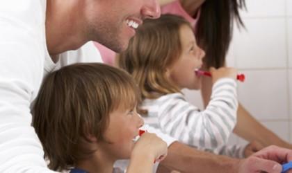 9 Smart toothbrushes for better dental hygiene - Colgate Connect E1 02