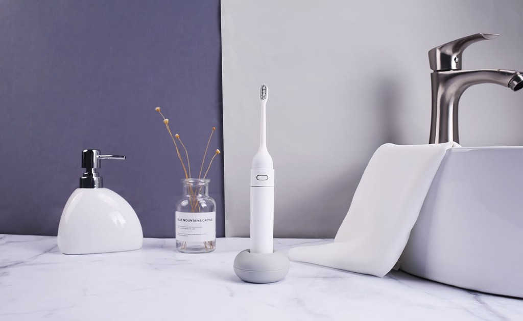9 Smart toothbrushes for better dental hygiene - MIPOW N2 01