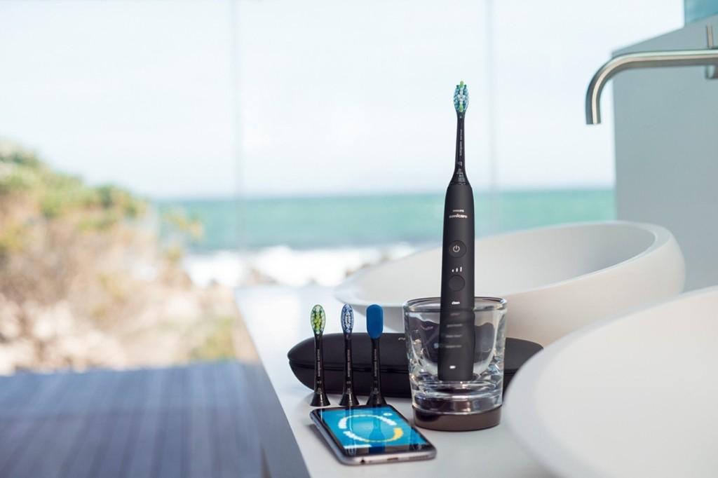 9 Smart toothbrushes for better dental hygiene - Philips Sonicare DiamondClean 02