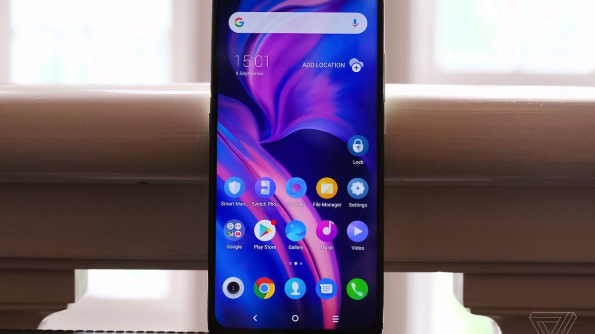 TCL Plex 3-Camera Mid-Range Smartphone is perfect for those on a budget