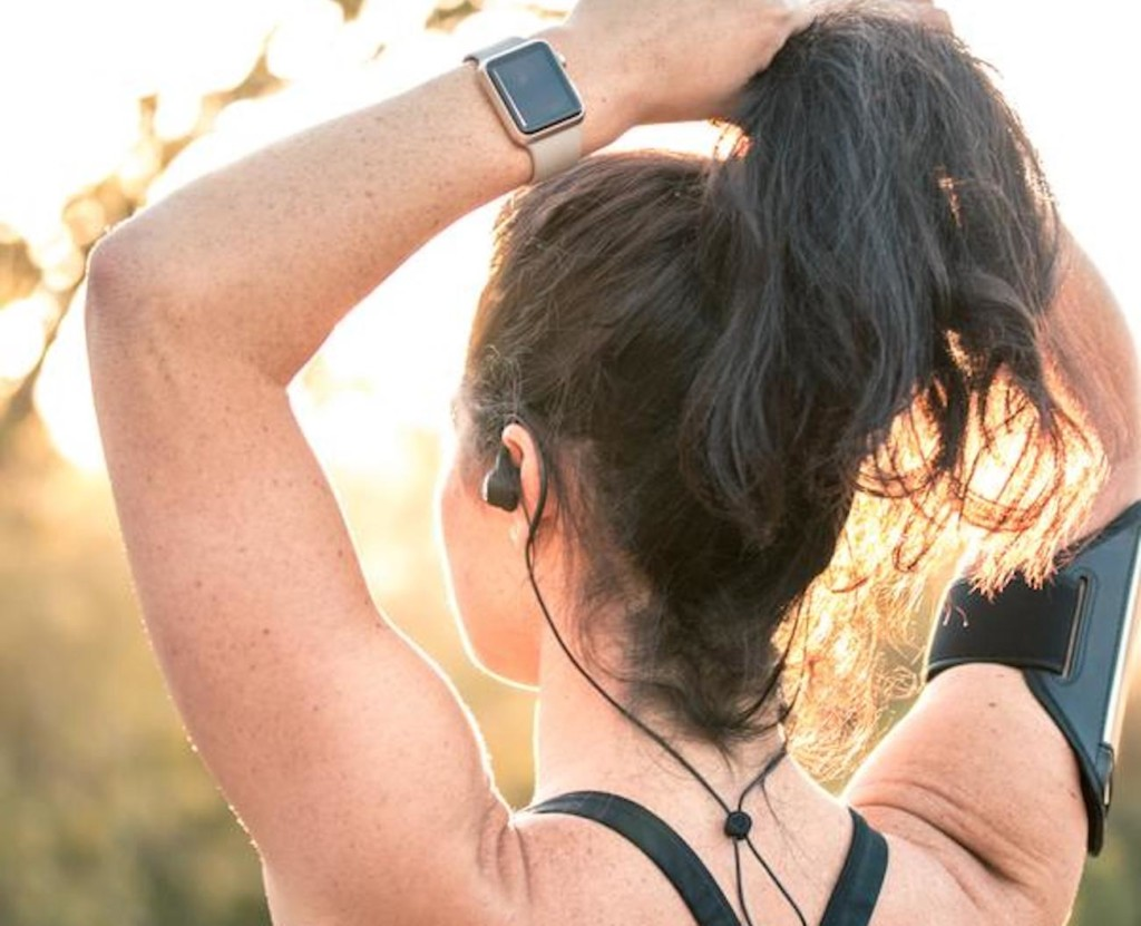 8 Earbuds that will last you all day (and night) - JLab Audio Epic Sport 02