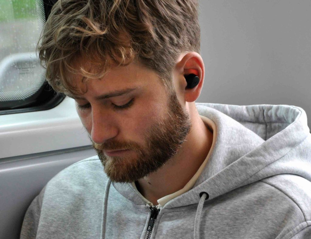 8 Earbuds that will last you all day (and night) - Jays m-Seven 03
