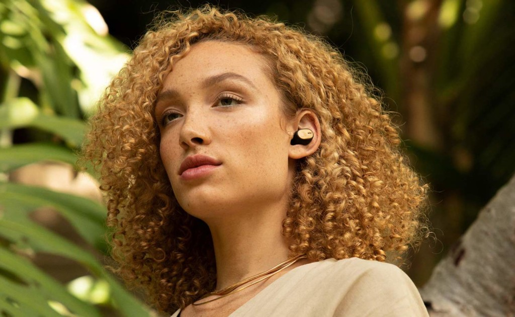 8 Earbuds that will last you all day (and night) - Liberate Air 03