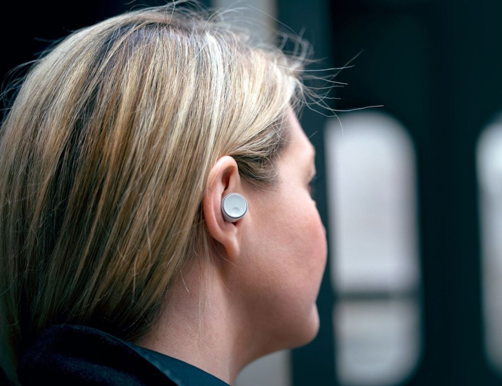 8 Earbuds that will last you all day (and night) - Melomania 1 03