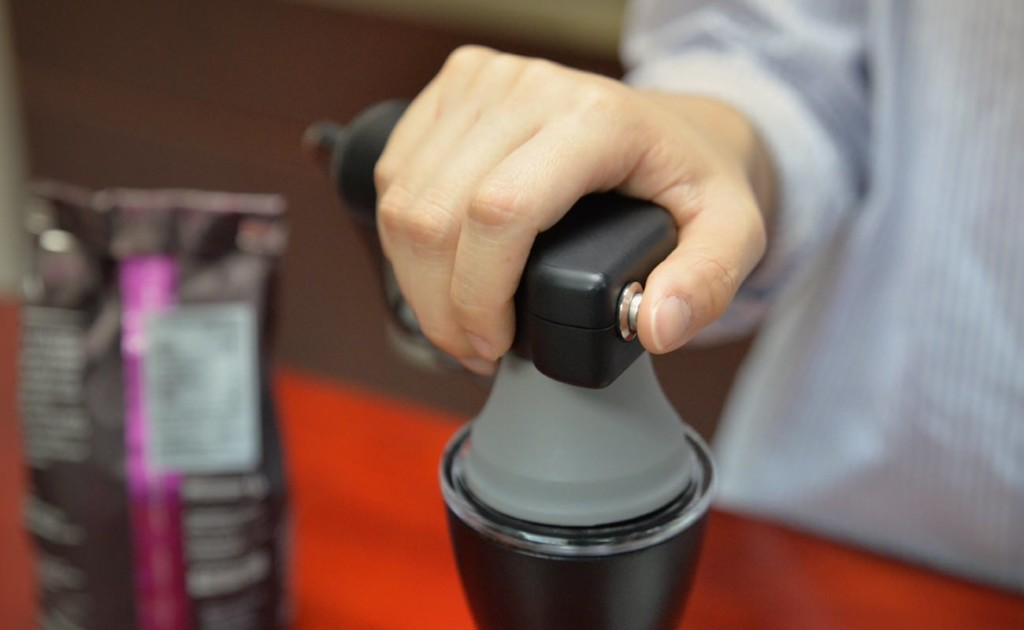 9 Best coffee accessories for brewing at home - HAMAC 02