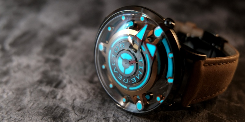Time Reactor is the ultimate watch for Area 51 enthusiasts - flying saucers 02