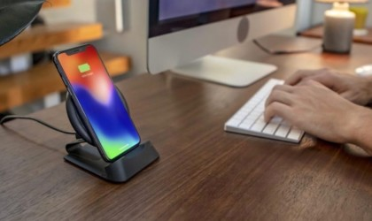 Best iPhone 11 Pro cases and accessories you can buy today - charging stand 01