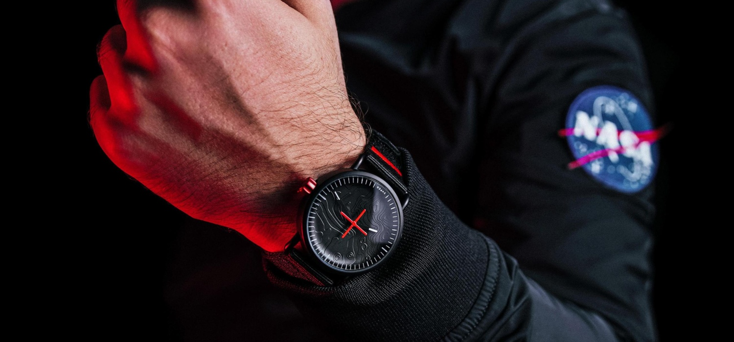 Celebrate the moon landings with the SVPER11 3D watch » Gadget Flow