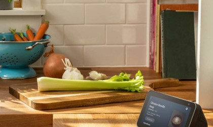 The Echo Show 5 display can be used to watch videos