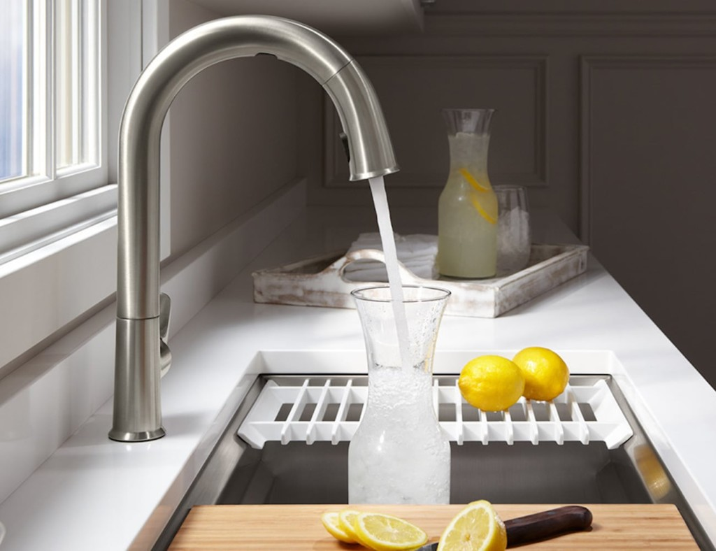 This smart faucet dispenses an exact amount of water in any measurement