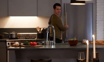 This smart faucet fills vessels with voice commands