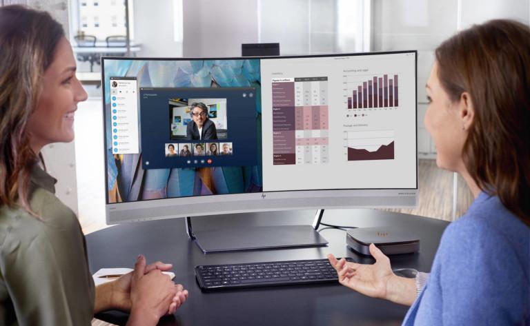 Person video calling on HP EliteDisplay