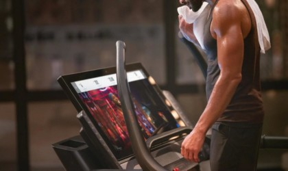 NordicTrack X32i offers access to thousands of live classes