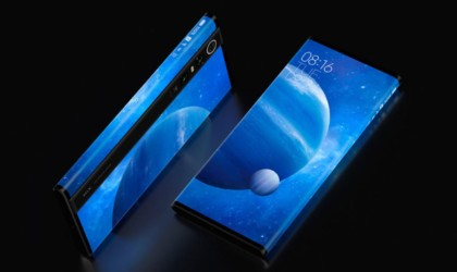 Xiaomi Mi MIX Alpha has the battery life on the side