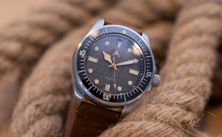 A cool tech gadgets from Kickstarter dive watch tucked into ropes.