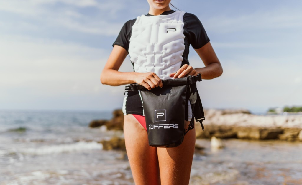 PUFFERS comes with a waterproof bag to store valuables