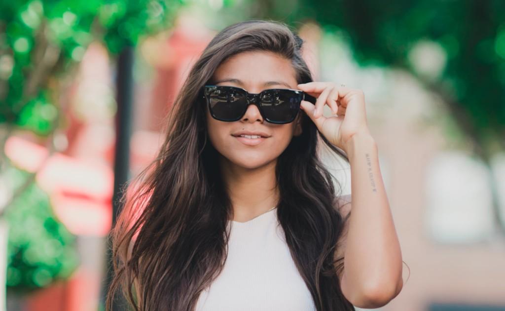 Trendloader Alpha look like regular sunglasses but house built-in cameras