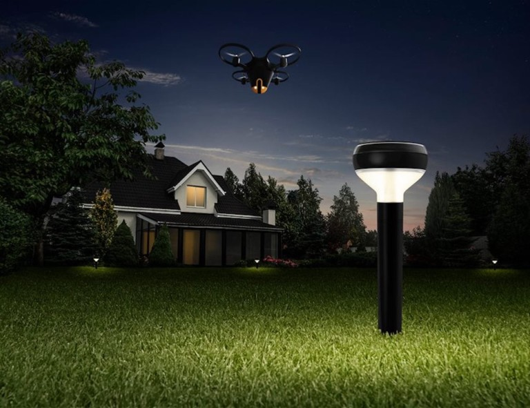 Sunflower Bee drone communicates with the beacons