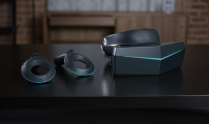 Pimax 8k VR headset with controllers