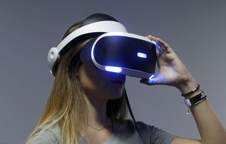 Person using PlayStation VR Headset