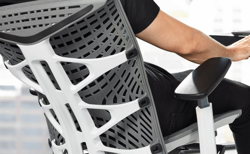 This ergonomic office chair moves with the user