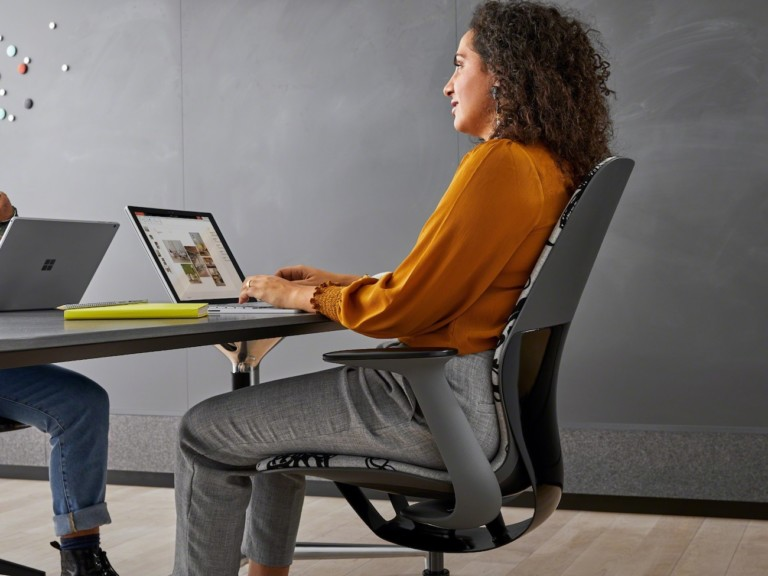 Steelcase SILQ Moves with the Body to Offer Continuous Support