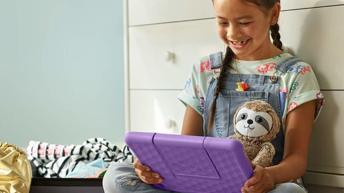 Amazon All-New Fire HD 10 Kids Edition Children's Tablet comes with a variety of educational content