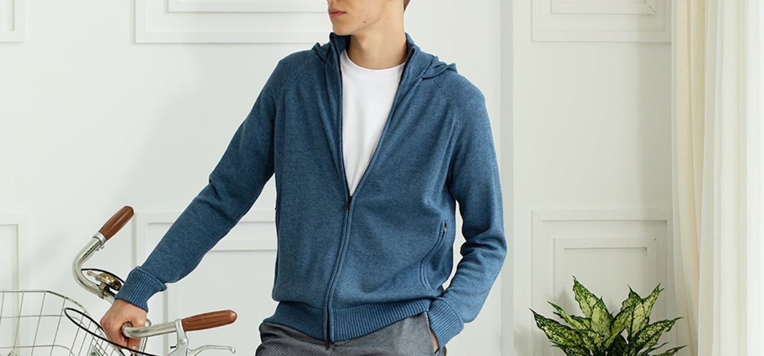 Look amazing and be sustainable in this innovative eco sweater