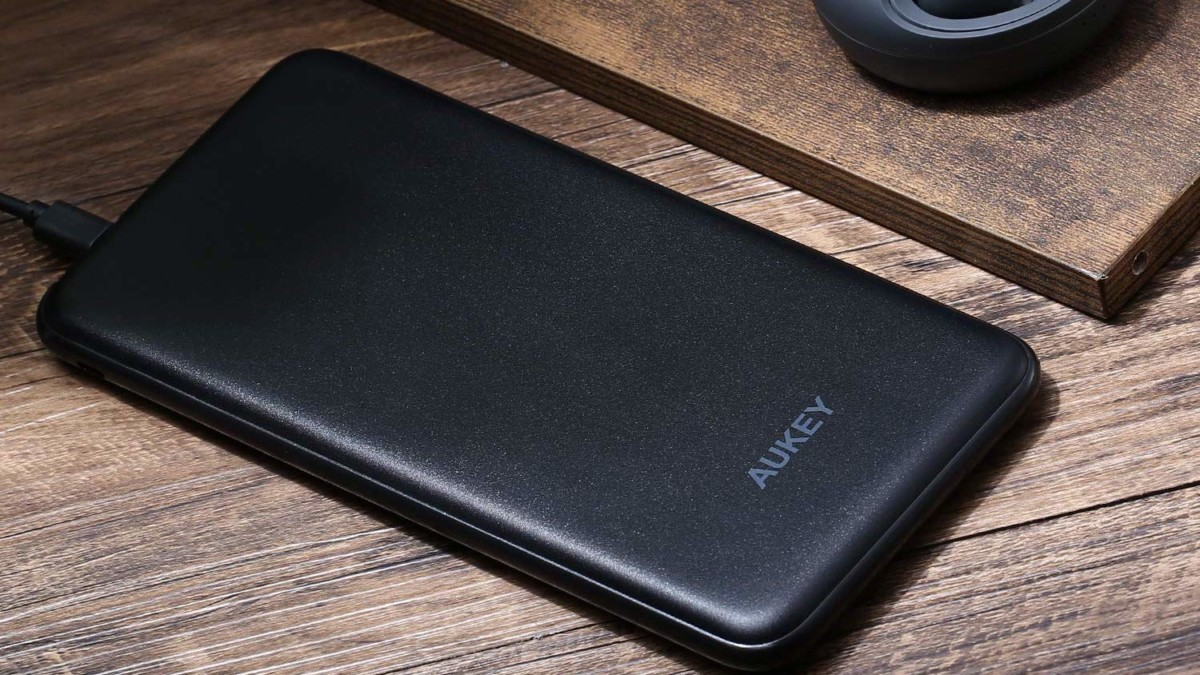 Aukey 20000 mAh USB-C & Lightning Power Bank provides 4X faster charging