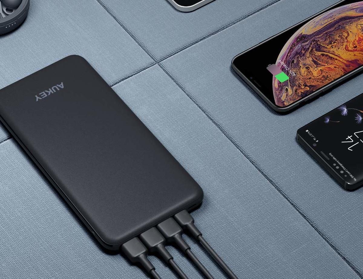 Aukey 20000 mAh USB-C & Lightning Power Bank provides 4X faster charging