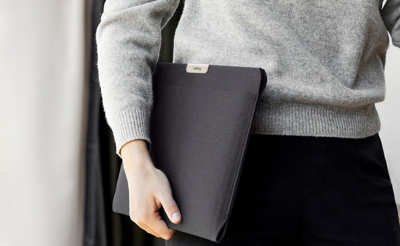 Bellroy Laptop Sleeve Google Edition Pixelbook Go Case easily opens with just one hand