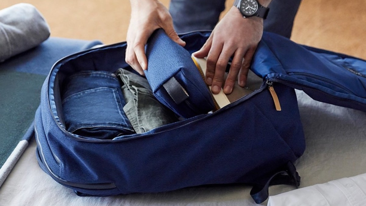Bellroy Transit Backpack Lay-Flat Travel Bag has an integrated quick-access laptop slot