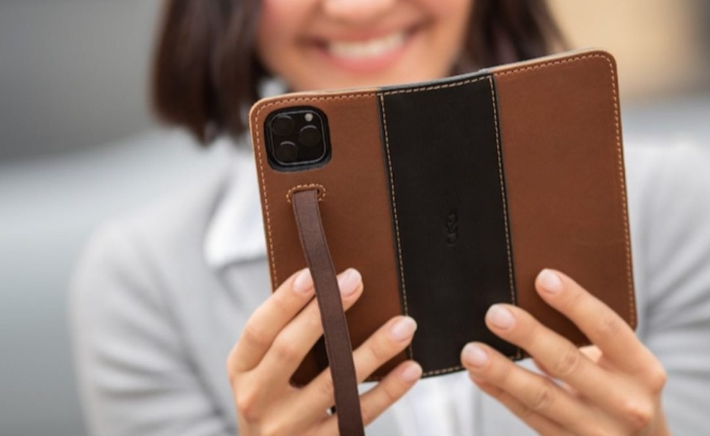 Pad & Quill's iPhone 11 Pro Wallet Case secures closed with an elastic strap