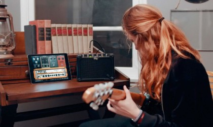 best music gadgets take guitar amp anywhere