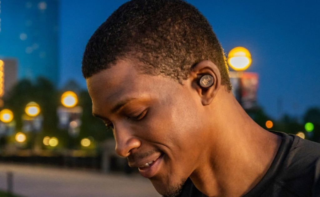 best music gadgets comfortable earbuds