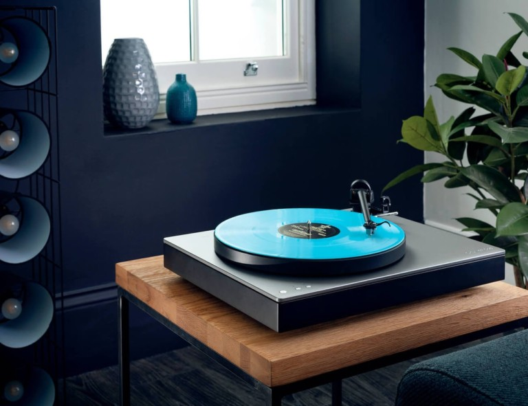 best music gadgets move this record player from room to room