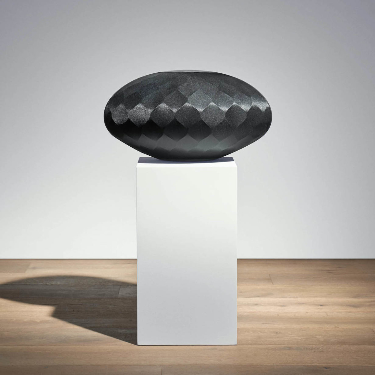 Bowers & Wilkins Formation Wedge Angled Speaker creates room-filling sound