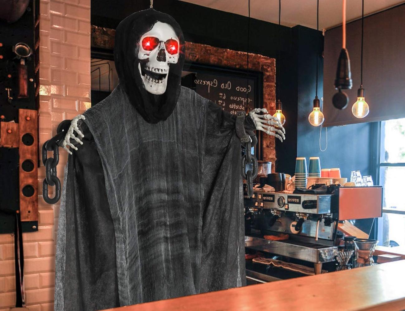 The best indoor and outdoor Halloween decorations 2019
