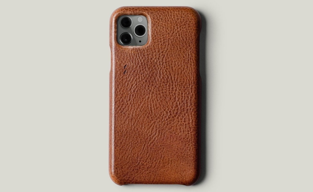 hardgraft Rich Leather Phone Cover protects the screen from any angle