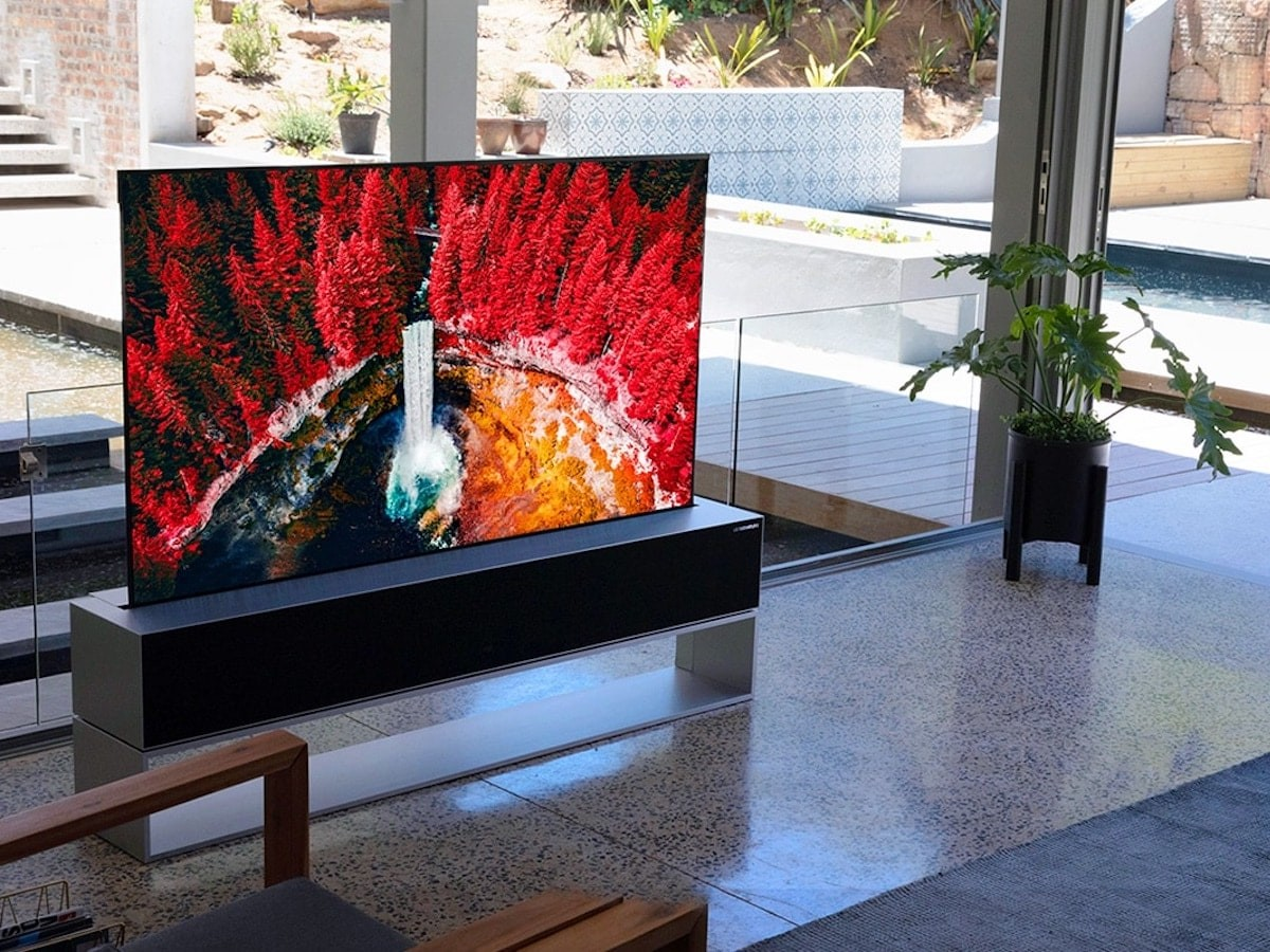 LG SIGNATURE OLED R rollable TV boasts an ultrathin screen that transforms into a speaker