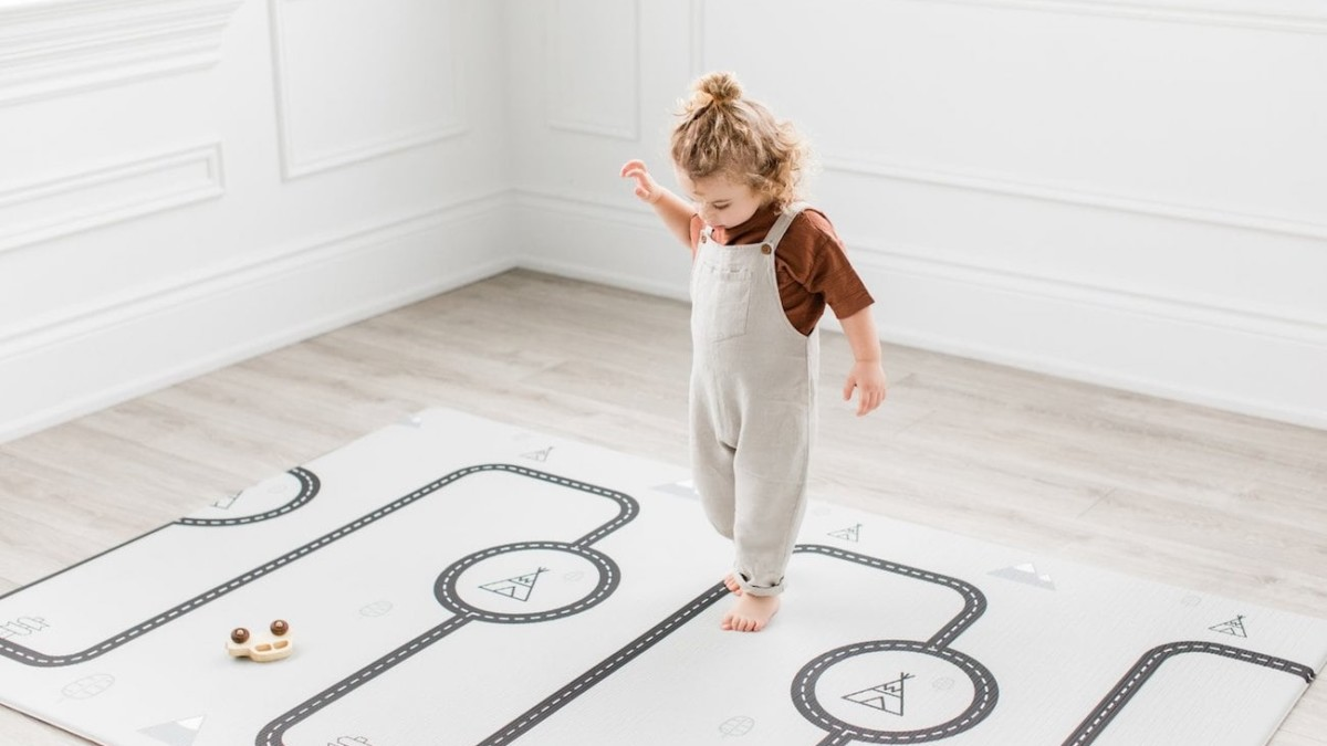 Little Bot Baby Ofie Stylish & Soft Play Mat is the fun rug you'll want on display